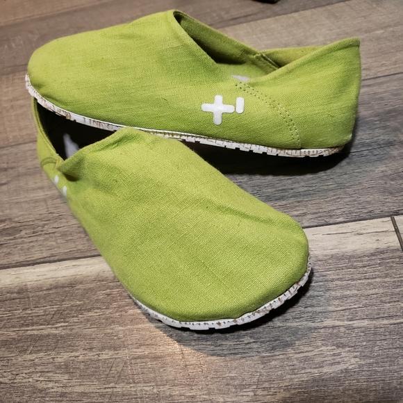 US Women 8.5 New OTZ CorkLite Linen Espadrille Sleep-On Comfort Shoes in Fiesta